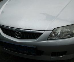 Mazda 323F 1