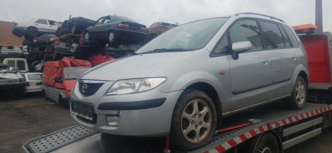 Mazda Premacy kombi 1