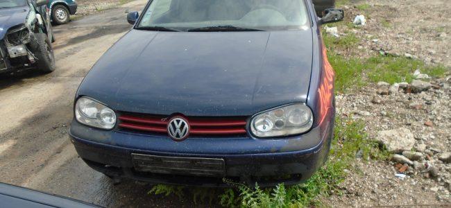 VW Golf IV 1