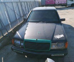 Mercedes 190 1